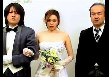 【ヘンリー塚本+松野ゆい+小沢とおる】これは危険な訳ありの新婚夫婦の結婚式!嫁が父親の元愛人でした【花嫁+義父】