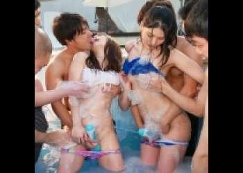 【見なきゃ損】めちゃカワルックスの超絶美人セクシー女優さんたちが泡バブルの中で男たちに激エロテクを披露してイキまくる! 》濡れまん