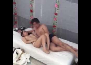 美人奥様が趣味友とMM号でエロゲームに参加し濃厚キスでスイッチが入り本能剥き出しのラブラブハードセックスをしまくる