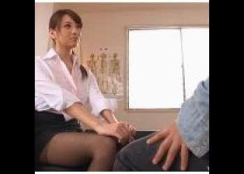 『 宇都宮しをん(安齋らら RION)』チンポの悩みを持つデカチン生徒にエッチな性教育してあげちゃう爆乳神乳Jカップ女教師♡