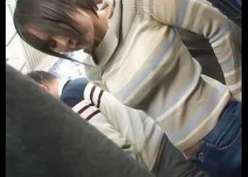 [イラマチオ]痴漢「嫌だ,,,,何でなんで嘘でしょこれ」ニット巨乳ギャルが電車で変態男に乳揉み乳首責めされ強引立ちバックへ
