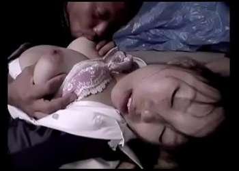 【レイプ】薬で眠らされた巨乳JKは抵抗することなく睡眠姦で犯されてしっかり中出しまでされる!