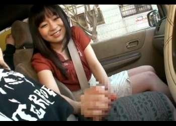 車の中でセンズリ見せ「か、硬いですよ…」戸惑いながら運転中に手コキする素人さん♡24歳〖車内センズリ鑑賞 手コキ〗