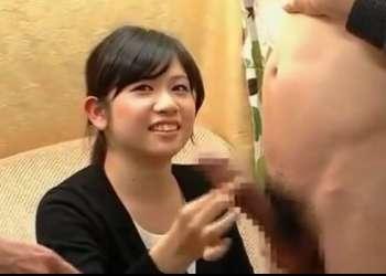 素人娘が赤面手コキでザーメン発射 あんな20才 学生〖CFNM 手コキ〗