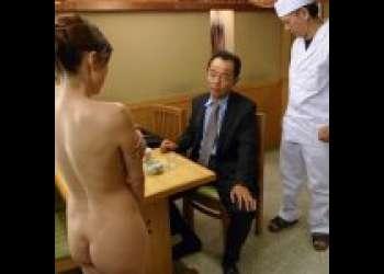 【白木優子】借金の支払いのために身体を使う小料理屋の女将。父が残してくれた店を守るためにセックス。店員にフェラ。