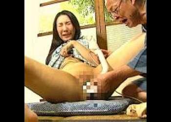 【七瀬美香】溢れ出す性欲!身体は老いてもチンポは現役の義理の父!息子の嫁の相談に乗るうちに近づいた2人の不貞行為!