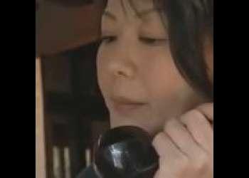 【円城ひとみ】義父とハメるドスケベ熟女。『わたししかいません!お義父さんは来てません!』嫉妬深い旦那は朝一に愛の確認セックス