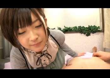 【巨乳/風俗プレイ】小倉ゆず 中出し超高級ソープ嬢!何気ない行為こそもっともエロスが感じられる!