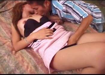 GET!ピンクの女子大生ナンパ 車内でパンスト破るHないたずらからラブホ連れ込み♥撮影を忘れ本気で感じまくっちゃう2連続SEX!!