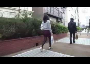 ☆黒パンスト!みんなで見よう…主婦x人妻ナンパ!尻フェチじゃないとダメなのよ…色っぽい熟女のおすすめエロ動画…黒タイツ