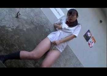 <発情淫靡女子校生>黒髪姫カットの激カワ制服女子〇生が発情しまくりのグショ濡れオマ〇コにお迎えチ〇ポで即イきオ-ガズム