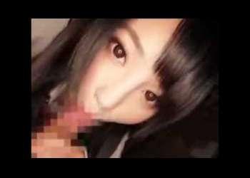 [巨ケツ.美乳]「ここが気持ちいいの??★」美形のK校生がチ〇ポ♡咥えてねっとりチン舐チオ!!魅力的な女の子