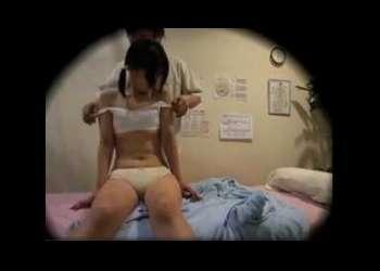 <エステの名♡借りたハ-ド> 『きれいにしてあげるからね』エステ師から全裸にされて口淫フェラチオで口内射精される女子中学生