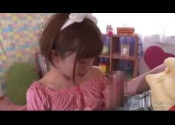 【紗倉まな】ロリ巨乳かわいい芸能人もやってる美少女手コキフェラ抜き