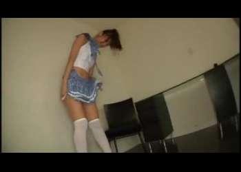 ポニーテール美少女JKコスプレニーハイ激ミニスカートすぎてパンチラすぎるポニーテール