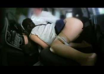 【ドラレコ盗撮】連れ込んだ人妻をカーセックスでパコってる不倫現場がリベンジポルノ映像流出されちゃう巨乳奥さん
