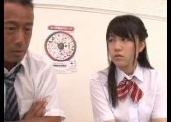 【涼海みさ】ロリかわいい童顔美少女JKがおじさんにヤられちゃうクンニフェラ抜き生ハメ生中出し
