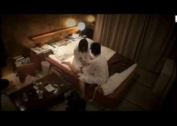 【ラブホテル・不倫カップル】まるで夫婦のようなカップル・・ラブホテルで互いの旦那と奥さんを裏切り・・中出し不倫を楽しむ