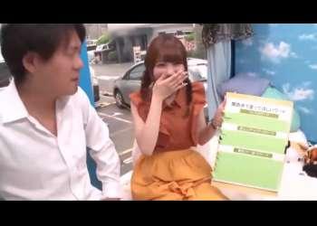 【MM号・関西の女の子】関西弁で男優とハメ撮り撮影・・スレンダーの貧乳を晒しながら激イキセックス!