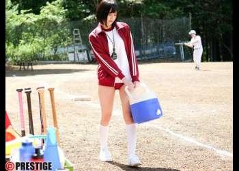 【涼森れむ】野球部の美少女マネージャーを部室で激ピス!他の部員たちには内緒でマネージャーのとろとろマ○コを独占!