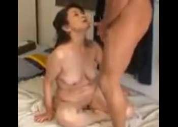 ☆スゴい…六十路@60代☆おばさんレンタルがスキなの…垂れ乳でイクイクチンポのH動画