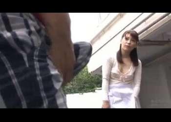 ♡OH Yes…ショタ:人妻♡トイレがいいのよね…パンチラでエッチH動画「んんん…でちゃう♡」☆乳首責め☆