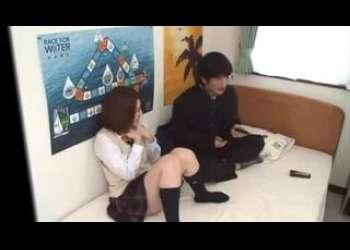 ♡でも好きだから…AV鑑賞:女子校生♡キスがスキなの…ニーハイでエッチH動画「あんあっ…イクぅぅダメ♡」☆ぶっかけ☆