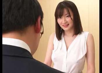[筧ジュン]『ムラムラして会議どころじゃないですよ!』爆乳受付嬢の乳首がポッチリ!我慢出来ず揉みしだきパイズリ発射!