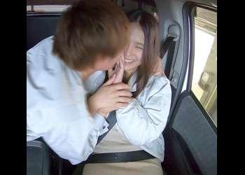 人妻NTR 車の安心安全の為に搭載したドラレコが記録する妻の不貞!車内口説きの一部始終!の無料エロ動画はこちら