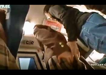 《女子校生バス痴漢》車内で痴漢した大人しい女子校生を下車しても尾行し、カラオケ個室でレイプする痴漢師