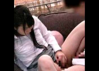 《MM号/巨乳》清楚美人上司が部下にM字開脚で相互オナニーを見せつける!最後は濃厚フェラで大サービス!