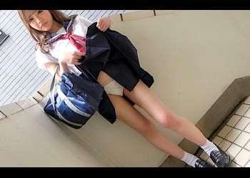 【ハメ撮り】「サービスサービス♡」お嬢様学校に通うクラス一可愛いスレンダー女子校生とのなまハメ撮り♡上品な顔が下品なイキ顔に♪