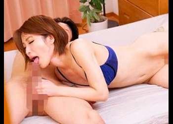 巨乳美人妻が自宅で不倫セックス!夫と寝ているベッドで盛大に腰を振って中出しされてしまう寝取られ