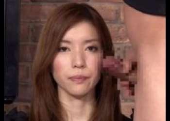 生放送中の女子アナがチンポをしゃぶらされ綺麗な顔面にザーメンをぶっかけられちゃうwww