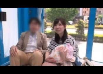 斉藤みゆ・子持ち奥様ナンパ、パパが外にいるのに…MM号