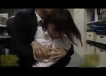 佐倉絆・OL人妻レイプ、オフィスで凌辱され性奴隷となる熟女