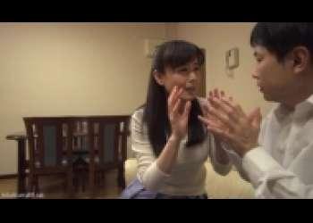 三浦恵理子・痴女モード炸裂の淫乱美熟女、美魔女フェラチオ手コキ