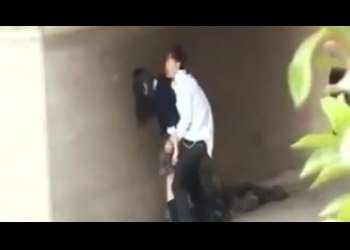 【盗撮】野外にも関わらずJKは複数の男達と青姦していたのでこっそり隠し撮りした個人撮影!