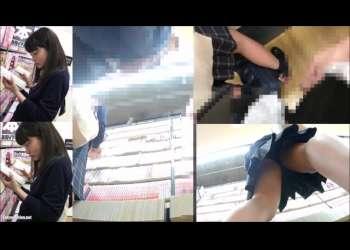 【痴漢】ミニスカJKの姿に興奮して背後でオナニーを開始して最後はスカートにぶっかける!