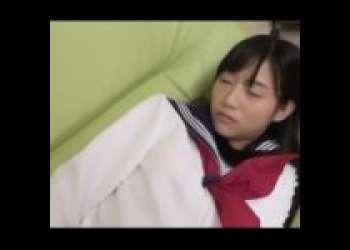 【星奈あい】初々しい制服女子校生が寝ているすきにカラダをまさぐる!セックス準備モードに入った美少女をどうする??