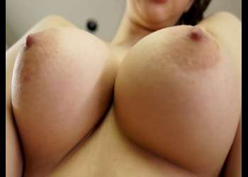 【ショタ】『超乳美少女!ムチムチ巨乳爆乳おっぱいの美人お姉さん』美女にフェラと種付け中出し騎乗位ハメ撮りセックス膣内射精