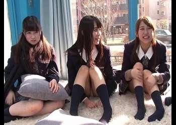 【マジックミラー】『激カワ美少女!スレンダーな可愛い制服JK』美人女子校生が騎乗位乱交ハメ撮りセックス 素人ナンパ企画