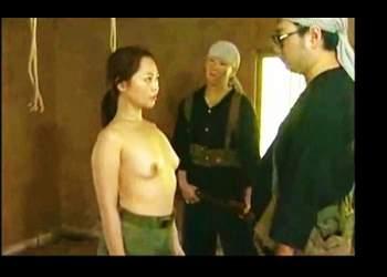 【ながえスタイル】これは危ない美人すぎる女ゲリラを捕獲!裸にして生き恥をかかせます。