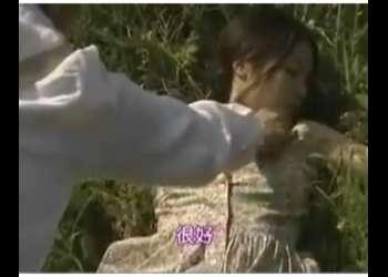 【ヘンリー塚本】カメラが趣味の昭和のバカップル!景色の良い高原でもう性欲が止まりません!