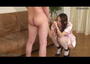 痴女ナースに全裸に剥かれ、屈辱のおチンポ写真撮影!アナルまで撮影され、女王様のいいなり奴隷にされるM男!