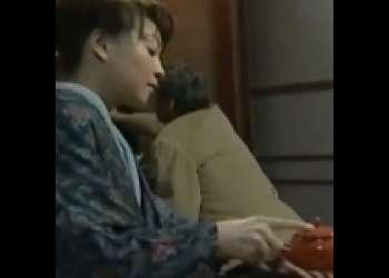 [大沢萌×野上正義]朋友が死んじまったので若いかみさんにラブレター老人