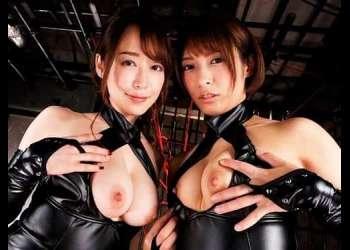 【焦らし責めにされて♥】エロいボンテージ姿の美女2人にダブルフェラされ交互に跨ってきたので。。。