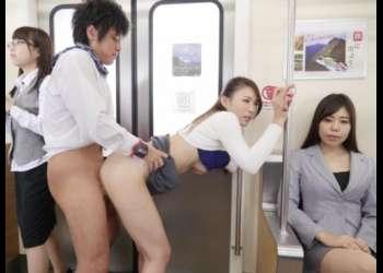 顔舐め、潮吹き、連続中出し!通勤電車で時間を止めて美人OLたちにヤリたい放題wwww