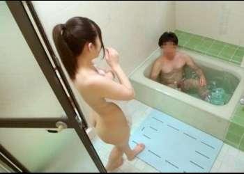 【素人モニタリング】パパが入ってるお風呂に全裸突撃して勃起しなかったら100万円!思春期の娘が挑戦した結果wwwwwww