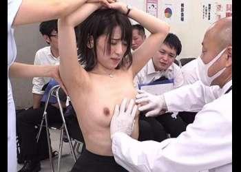 【羞恥!】『いや…みんな見てます!』ある日突始まった健康診断で男性社員の前で全裸にされたOLたち